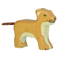 Lioness - Standing (small)